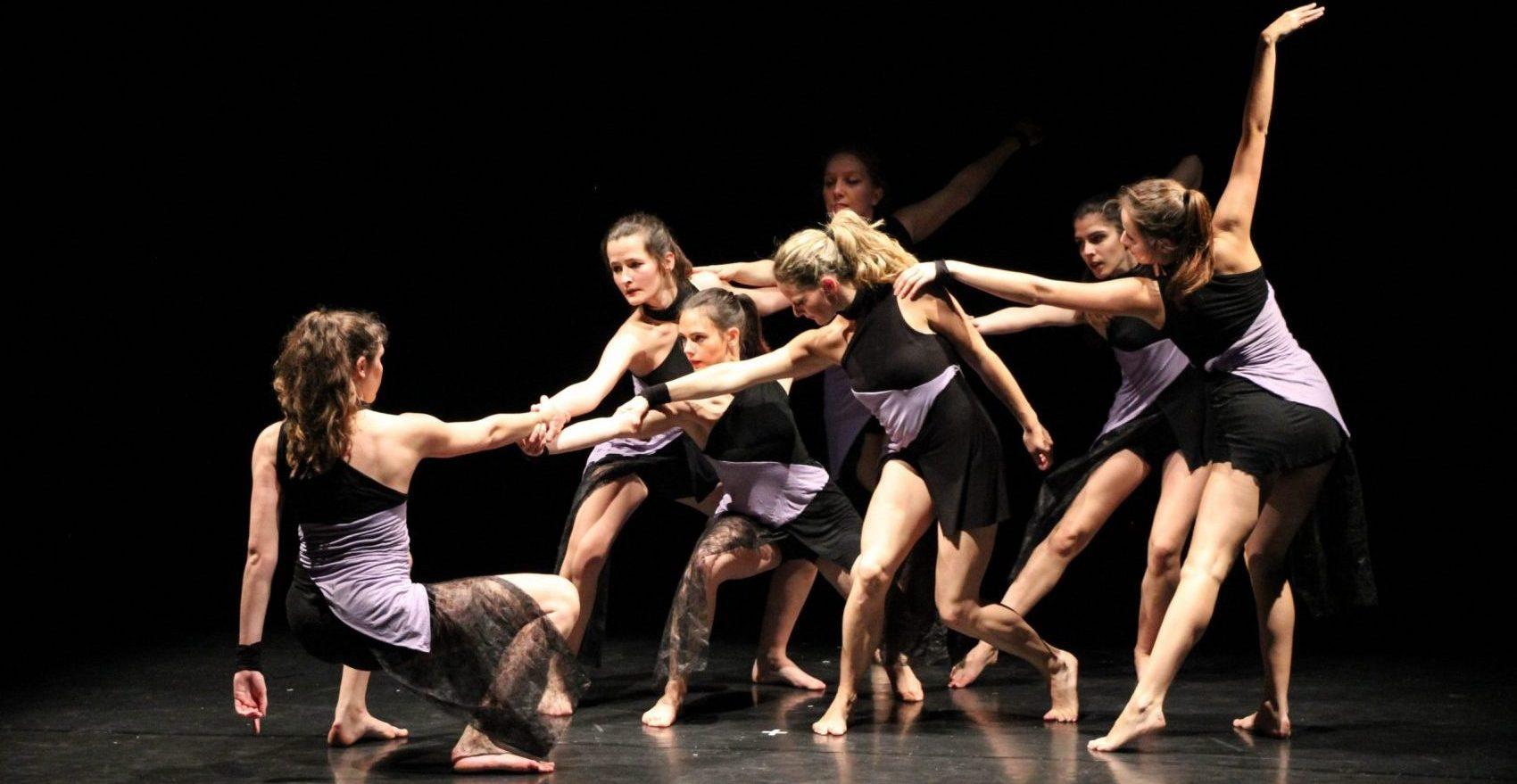 Follement Temps Danse